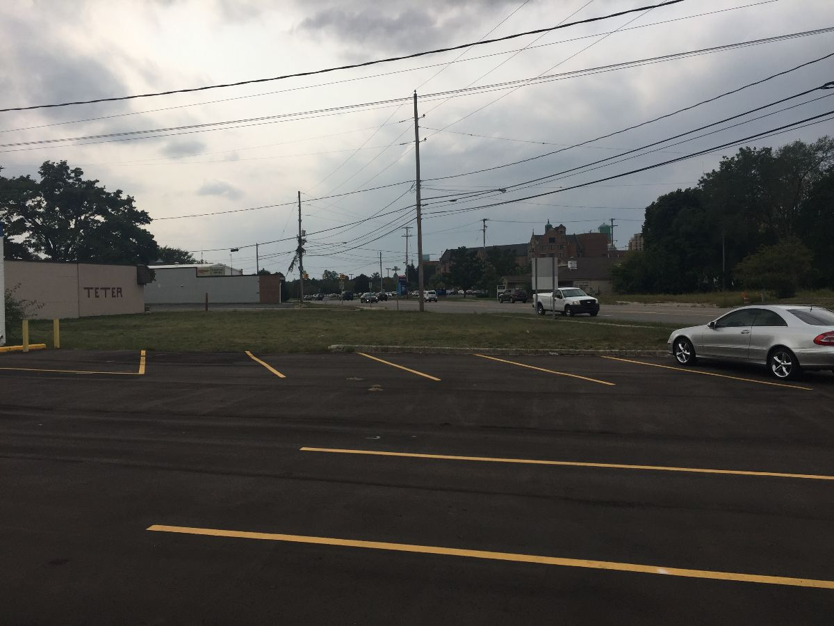 High Traffic Retail Site - Retail - For Sale/Lease