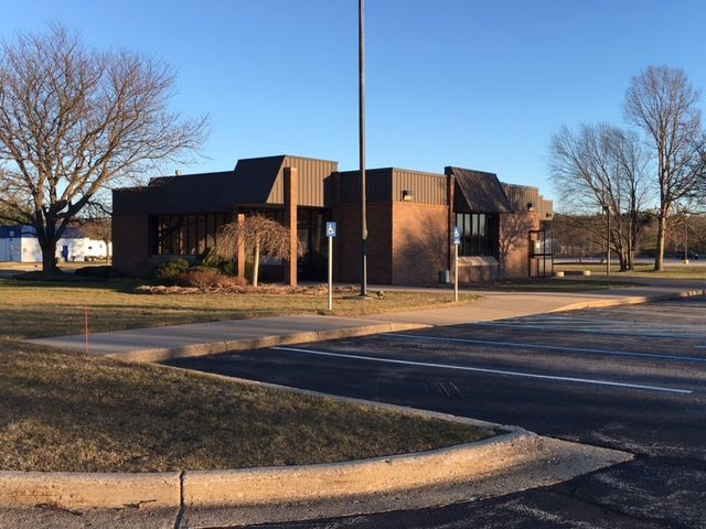 Great SUB-LEASE Opportunity in Muskegon - Office - For Lease