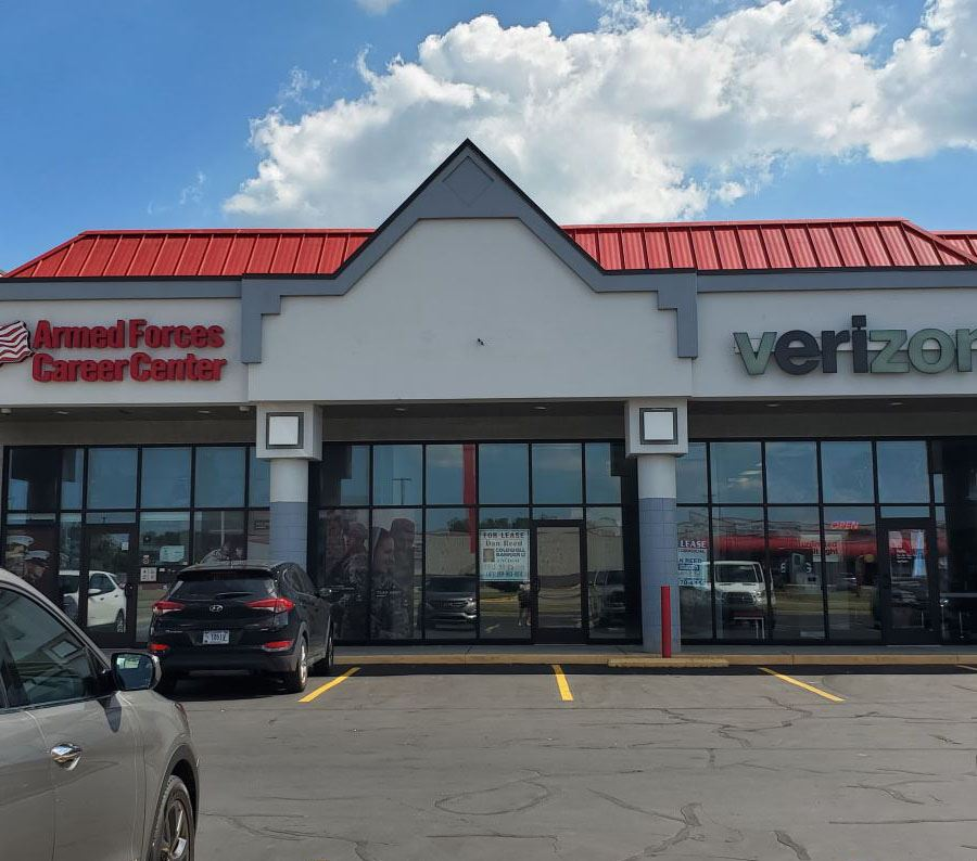 Ready Built In-Line Space in Well Maintained Strip Center - Retail - For Lease